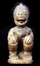 หนุมานงาแกะ หลวงพ่อสุ่น วัดเกาะศาลากุน นนทบุรี พิมพ์หน้าโขนนั่งจับเข่า No.188
