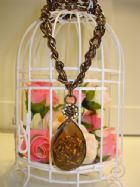 เครื่องประดับเกาหลีชุดเซ็ท 2 ชิ้น สร้อย ต่างหู กุหลาบฝังคริสตัลสวยหรู Antique Roses Necklace and Eardrops