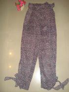 แทงโก้ กางเกงขายาว ผ้าชีฟองเนื้อเนียนนิ่มลายเสือชมพูดำ ผ่าข้างผูกโบว์ปลายขา รอบเอวยืด มี 2 ไซส์ S และ M