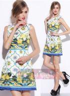 ดีแอนด์จี/โดลเช่ แอนด์ แกบาน่า เดรสทรง A แขนกุด ผ้าแจ็คการ์ดสีขาวพิมพ์รูปมะนาวเหลืองกับลายแพทเทอร์นตัดขอบน้ำเงิน น่ารักสดใสสไตล์ซิซิลี Yellow Lemon Print Jacquard Mini Dress พร้อมส่ง 3 ไซส์ค่ะ 36 38 40
