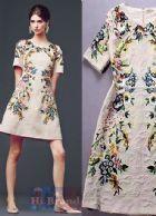 ดีแอนด์จี/โดลเช่ แอนด์ แกบาน่า เดรสทรง A แขนสั้น ผ้าแจ็คการ์ดสีนู้ดพิมพ์รูปวาดดอกไม้หลากสีที่ถูกจัดวางในตำแหน่งสมมาตรกันดี 6437 Symmetrically Positioned Floral Print Nude Jacquard Dress พร้อมส่ง size 42