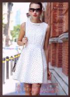 เดรสหรูออกงานแขนกุด ผ้าตาข่ายสีขาวตัดแต่งผ้าบุฟองน้ำตัดฉลุลายดอกไม้ รองพื้นซับในสีชมพูหวานๆ กระโปรงบานสุ่ม ประดับโบว์เล็กๆ ที่คอ สวยสุดๆ น่ารักสุดๆ 3D White Hollow Skirt Lolita Dress มีพร้อมส่งชุดเดียว only one size M คร้า
