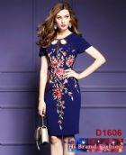เดรสหรูออกงานสี midnight blue ปักลายดอกไม้ แต่งโบว์คริสตัล size S