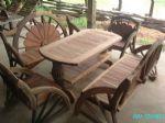 โต๊ะชุดหางนกยูง 150ซม.ปูกำ