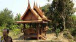 ศาลาทรงไทยมุขซ้อนพร้อมตีฝ้าหลังใหญ่