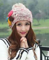 เสื้อผ้าแฟชั่น : หมวกนิตต์แต่งดอกนิตต์สวยหวาน