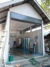 ติดตั้งทั้งระบบโรงงานน้ำดื่มพร้อมชุดบรรจุถัง'ลัง แบบหยอดเหรียญหน้าโรงงาน ชุมชนบ้าน ยางทอง อ.ดอยสะเก็ด จ.เชียงใหม่ ระบบ Reverse Osmosis 8'000ลิตร /วัน