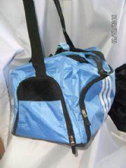 กระเป๋ากีฬากึ่งเดินทาง