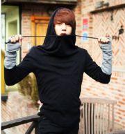 เสื้อกันหนาวผู้ชายพร้อมส่ง : สเวตเตอร์สีดำมีฮูดพร้อมปลอกแขนในตัวสีเทา
