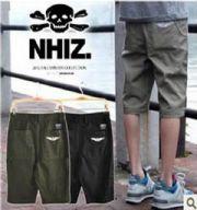 เสื้อผ้าผู้ชาย : กางเกงสามส่วน