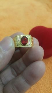 แหวนทอง หัวพลอยแดง