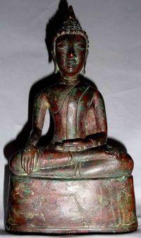 พระพุทธรูปปางมารวิชัยศิลปเชียงแสนสมัยเชียงรุ้ง