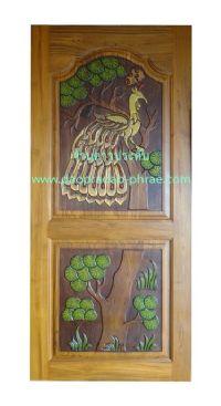 ประตูไม้สัก นกยูงต้นไม้