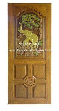 ประตูไม้สัก ช้างแม่น้ำ