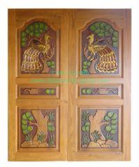 ประตูไม้สัก คู่นกยูงต้นไม้