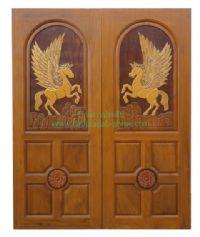 ประตูไม้สัก คู่ม้าบินสี่ลูกฟัก