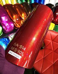 สีแดงแก้วเกล็ดทอง