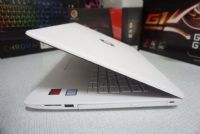 HP 14 bs044TX บางๆ i3-6006U (2.0 GHz)  AMD Radeon 520 (2GB GDDR3)