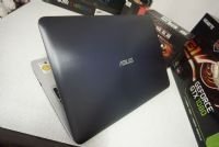 Asus K556U  i7-7500U (2.70 - 3.50 GHz)  NVIDIA GeForce GT 930MX (2GB GDDR3)
