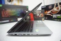 Asus K556U  i7-7500U (2.70 - 3.50 GHz)  NVIDIA GeForce GT 930MX (2GB GDDR3)
