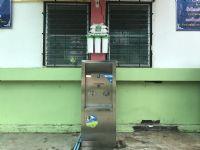 ตู้น้ำเย็นแบบ 2 หัวก๊อก โรงเรียนบ้านศรีวัง อ.หางดง จ.เชียงใหม่
