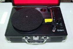 เครื่องเล่นแผ่นเสียง ION Audio Vinyl Motion *