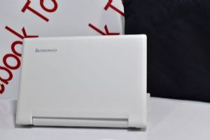 Lenovo S210 จอทัสกรีน 11.6นิ้วระบบ HD core i3 1.8g