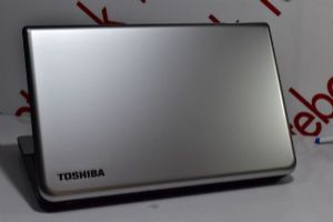 toshiba C50D-A รุ่นใหม่โฉม 15 นิ้ว