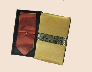 ของพรีเมี่ยมเนคไทผ้าไหม (น้ำตาลแดง) พร้อมกล่องผ้าไหม