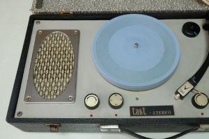 เครื่องเล่นแผ่นเสียง Takt Stereo *