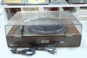 เครื่องเล่นแผ่นเสียง Sony HPS-600