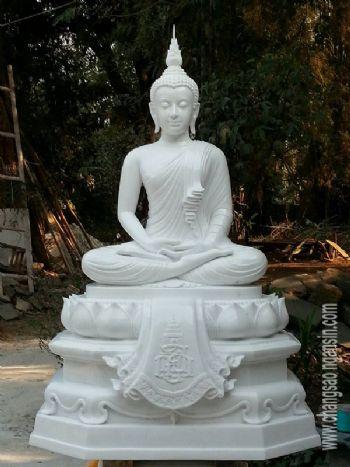 พระพุทธรูป(แกะสลักหินขาว)นั่งสมาธิ