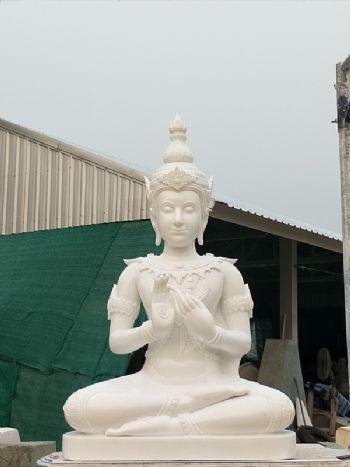 พระพุทธรูป (หินหยกขาว)