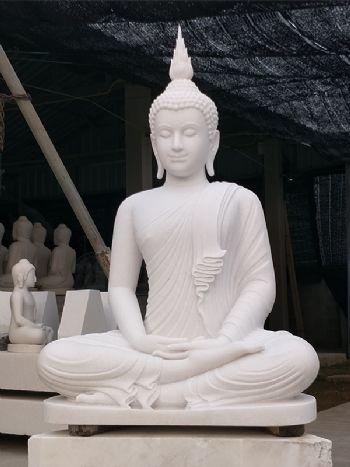 พระพุทธรูปแกะสลักหินหยกขาว