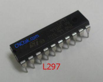 IC L297