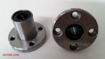ลูกปืนสไลด์ Flange Linear ball bearing LMF 8mm.
