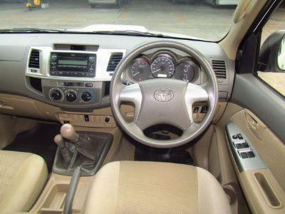 TOYOTA VIGO CHAMP 4DR 2.5 E 4WD ปี 2012