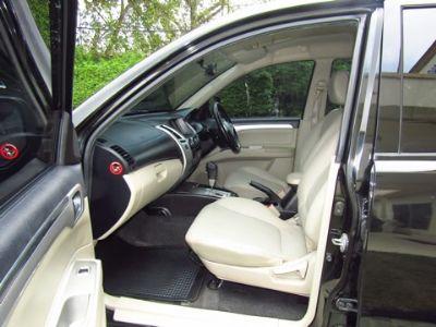 MITSUBISHI PAJERO 2.5GT SPORT SUV AT สีดำ ปี 2010