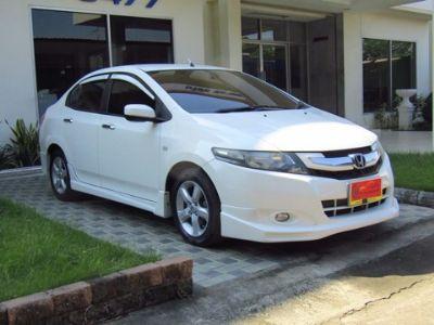 ็HONDA CITY 1.5V i vtec สีขาว ปี 2010