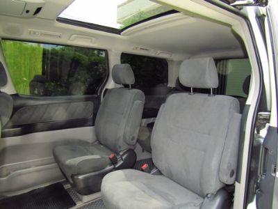 TOYOTA ALPHARD 2.4G Wagon AT สีเทา ปี 2009