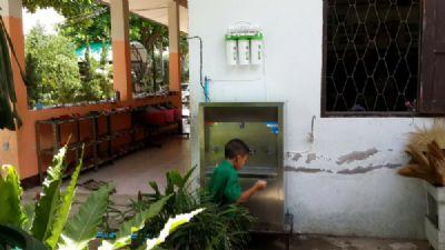 ตู้น้ำเย็นพร้อมเครื่องกรองน้ำ 5 ขั้นตอน
