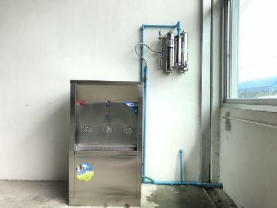 ตู้ทำน้ำเย็น 3 หัวก็อก+เครื่องกรองน้ำ อ.สันทราย จ.เชียงใหม่