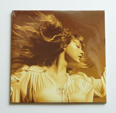 Taylor Swift - Fearless  Taylor's Version  (Gold Vinyl)