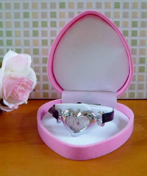 นาฬิกาข้อมือหัวใจน่ารัก
