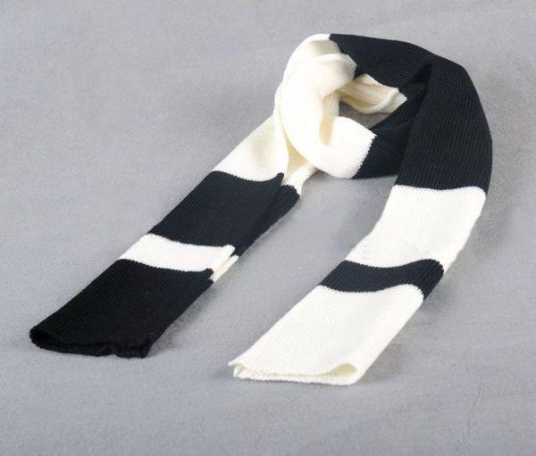เสื้อกันหนาวผู้ชาย : ผ้าพันคอนิตติ้งลายขวาง