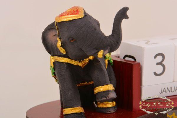 ปฎิทินตั้งโต๊ะ ช้าง