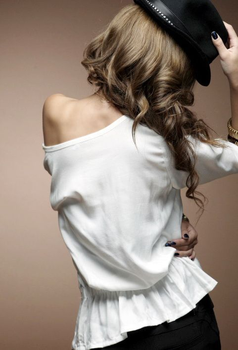 เสื้อผ้าแฟชั่น: เสื้อเอวจั้ม ปักหมุดเพชรสองข้าง
