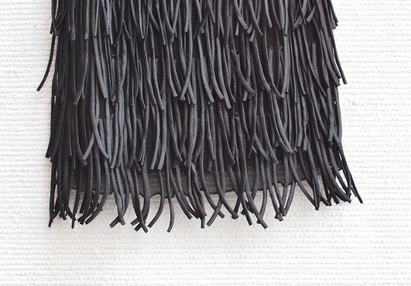 เสื้อผ้าแฟชั่นพร้อมส่ง : เดรสดำหรูปักเลื่อมริ้ว tassels