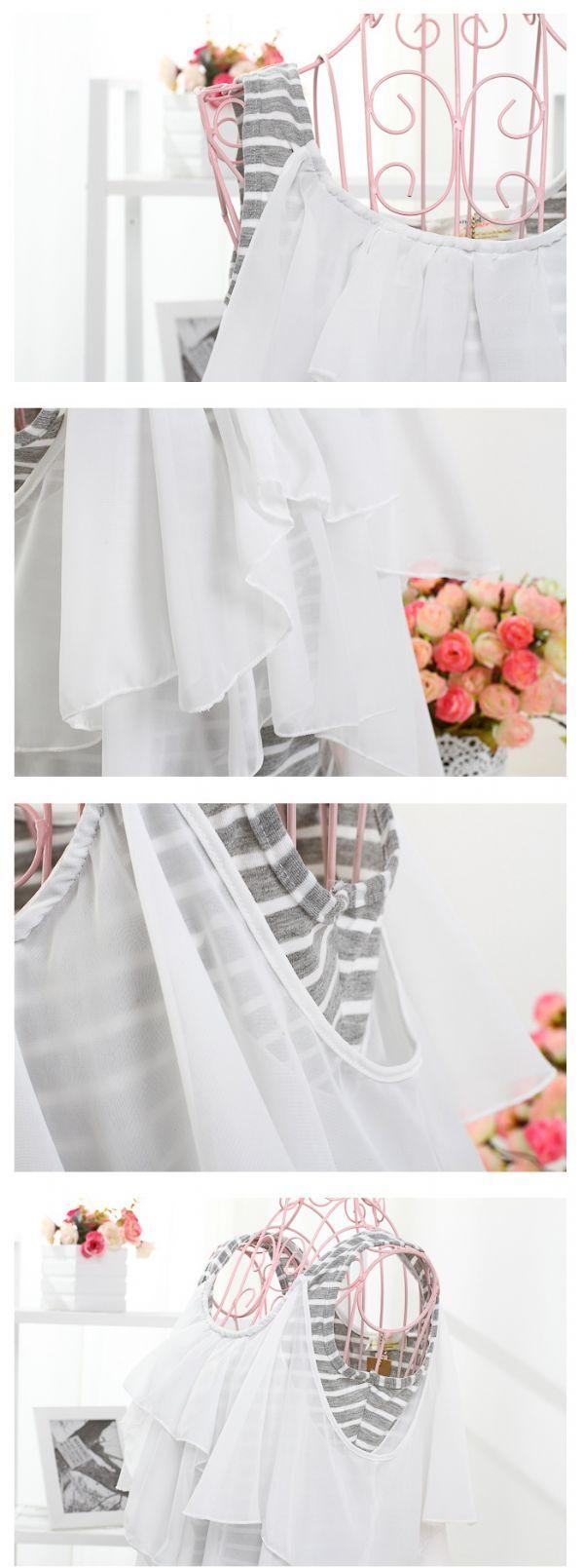 เสื้อผ้าแฟชั่นพร้อมส่ง : เดรสลายขวางเทาขาวระบายชีฟองพริ้ว
