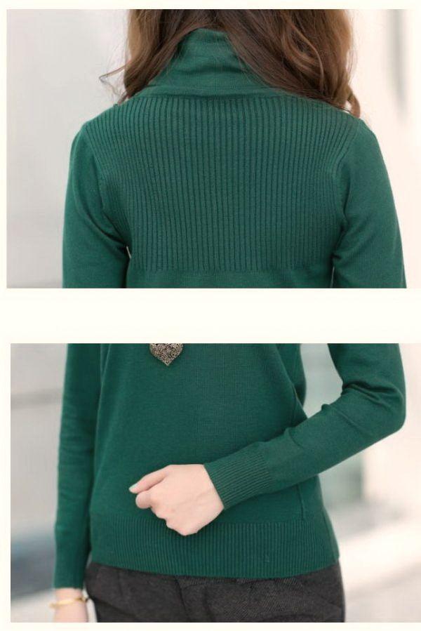 เสื้อกันหนาวพร้อมส่ง : สเวตเตอร์คอเต่าลายเส้นหน้าอก